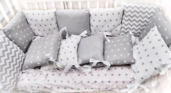 Lances travesseiros com capas