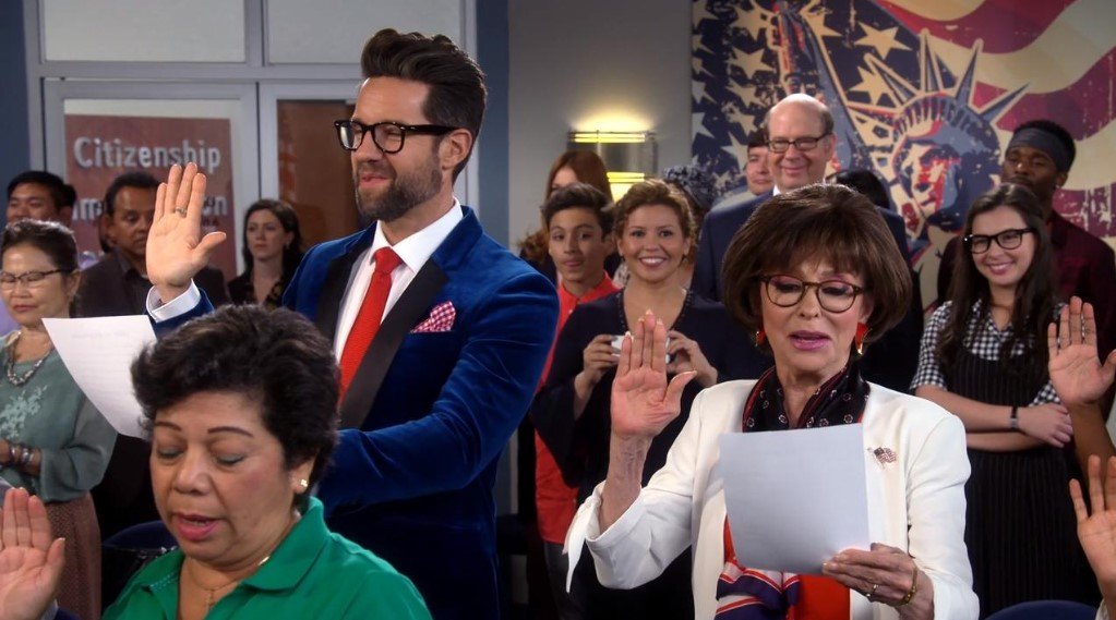 one day at a time season 3 Scenes