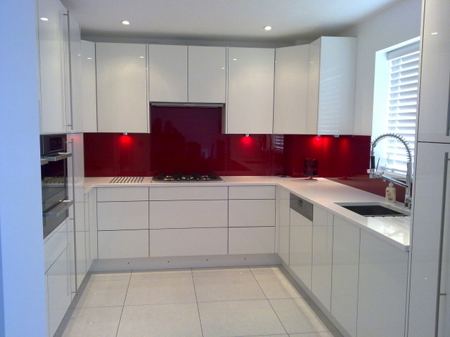 White Gloss Kitchen Wall Tiles