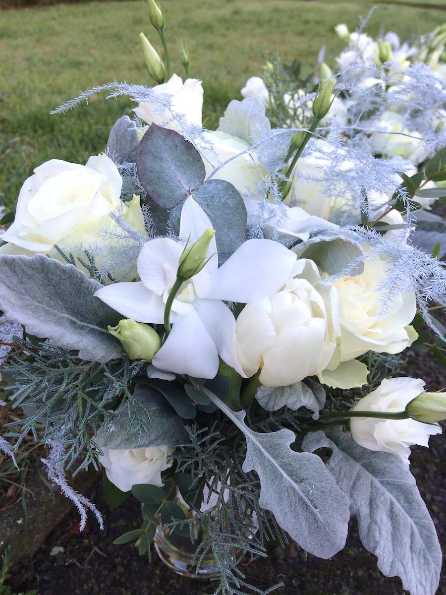 Winter Wedding Flowers White Amp Silver Table Arrangements