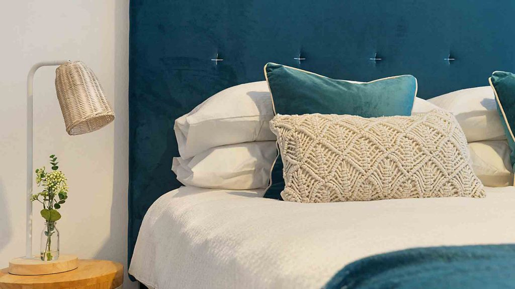 What bed linen is better than Poplin or Satin