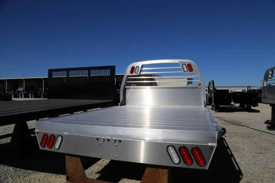 Living Quarters Chevy Horse S Trailers