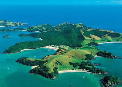 Bay of Islands - A Tropical Paradise to Discover on Your ...