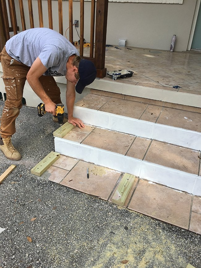 Simple Diy Wood Porch Steps Makeover | Wood Stairs Over Concrete | Stair Stringers | Cement | Concrete Slab | Patio | Build