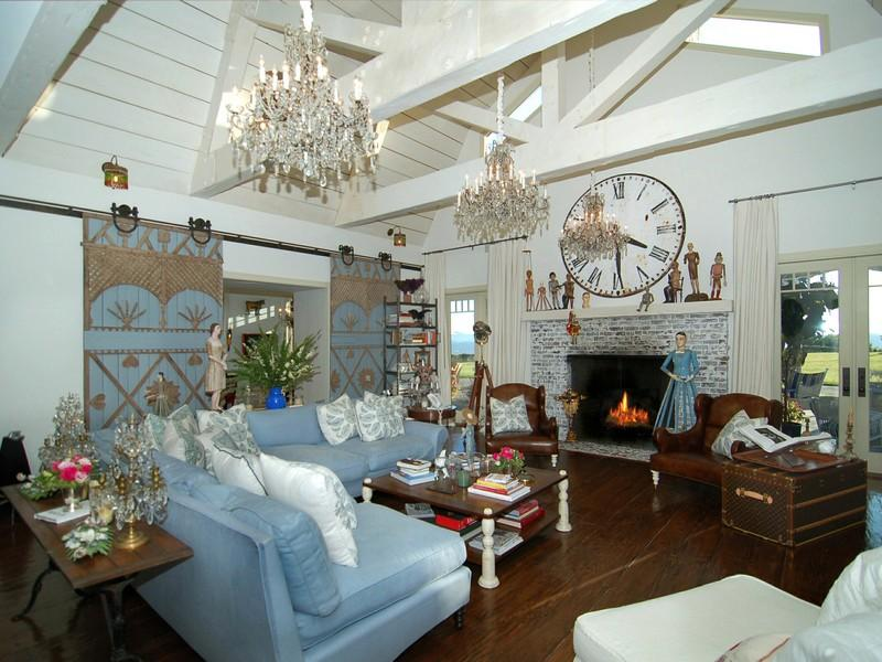 Artsy Home Decor
