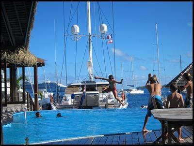 Beez Neez - Bora Bora