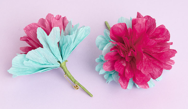 How to  paper flower pins   Paper Source Blog Tissue paper flowers
