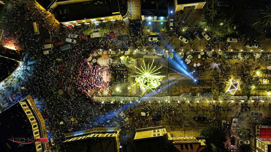 Jbeil Byblos Unveils Its Christmas Tree And It S Even