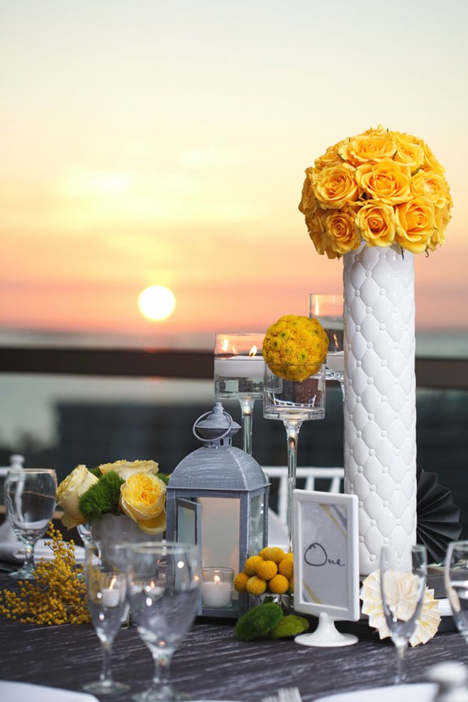 Centerpieces Tall Theme Wedding Gray And Red Vases And Short