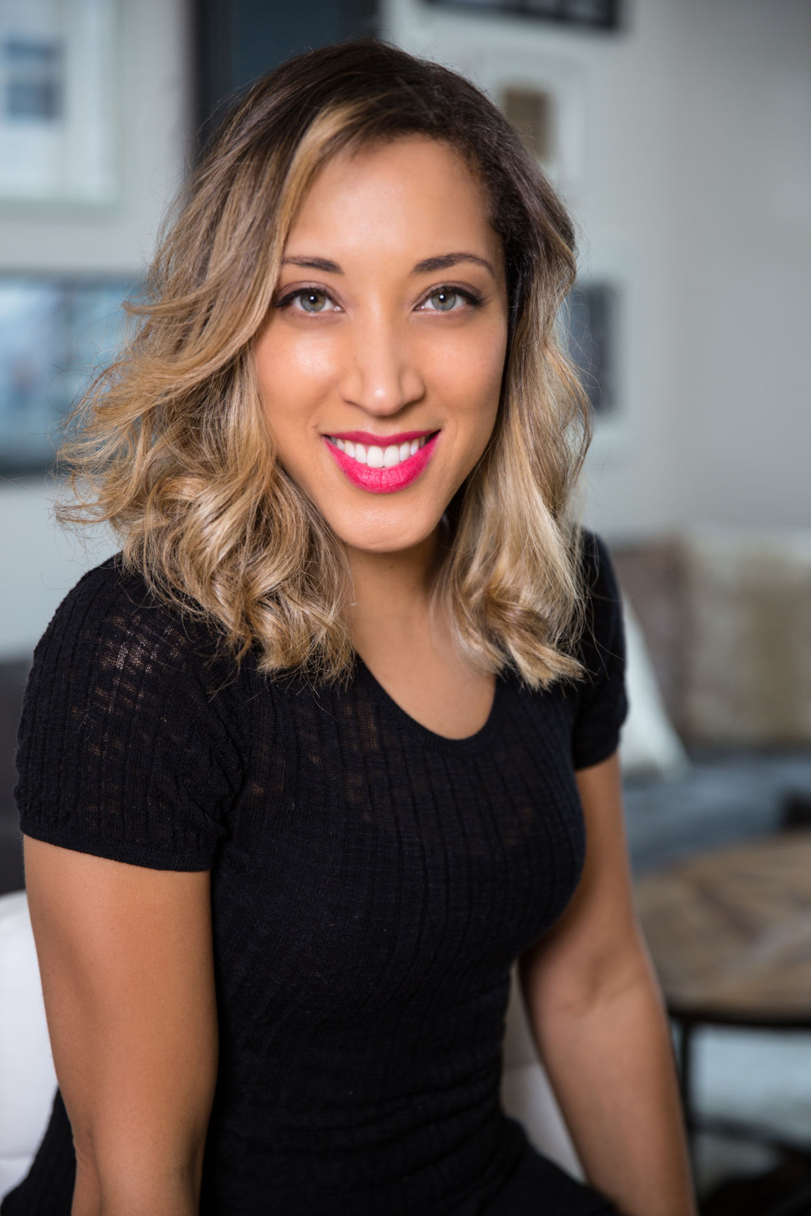 Robin Thede, who grew up in Davenport, will host her own ...