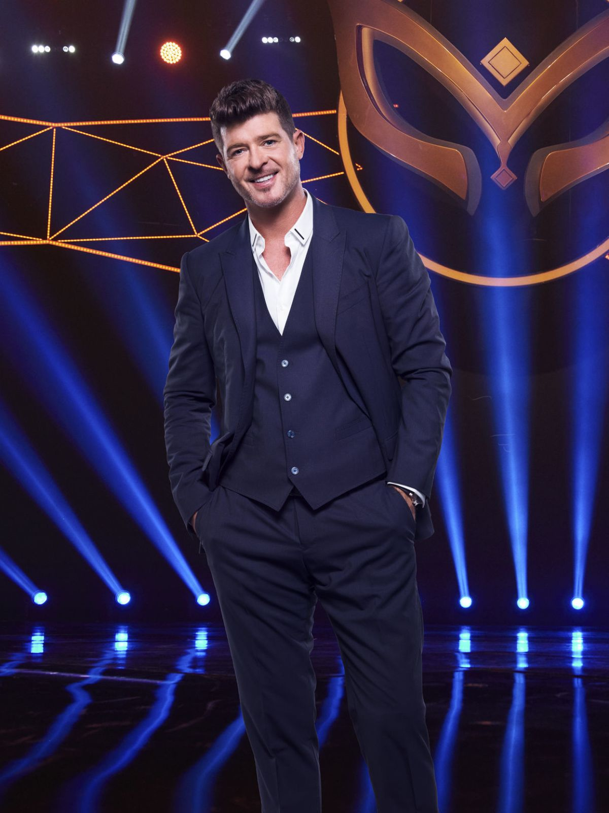 Robin Thicke blurs lines with new 'Masked Singer' gig ...