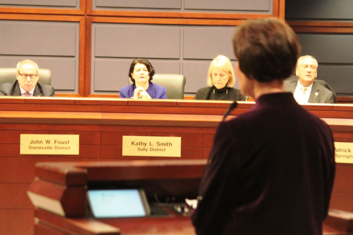 Fairfax County tells state that school funding is top ...