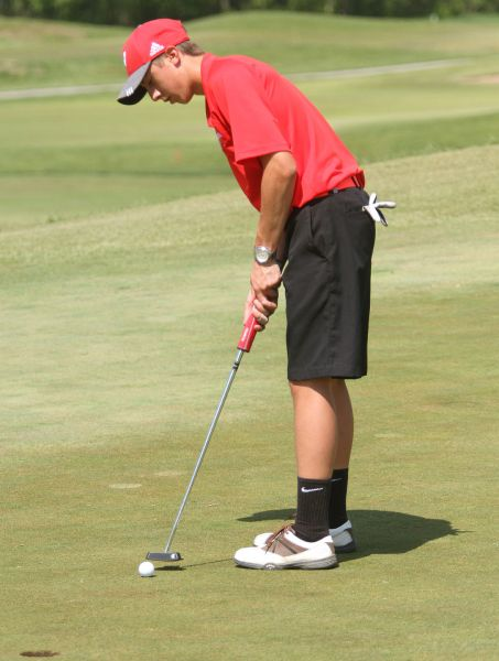 MICDS junior Lilly a tiger on the golf course   Boys Golf   Spring     MICDS junior Lilly a tiger on the golf course   Boys Golf   Spring    stltoday com