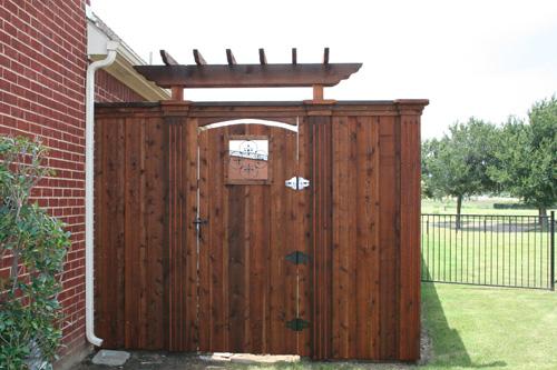 Custom Wood Gates Bluebonnent Fences