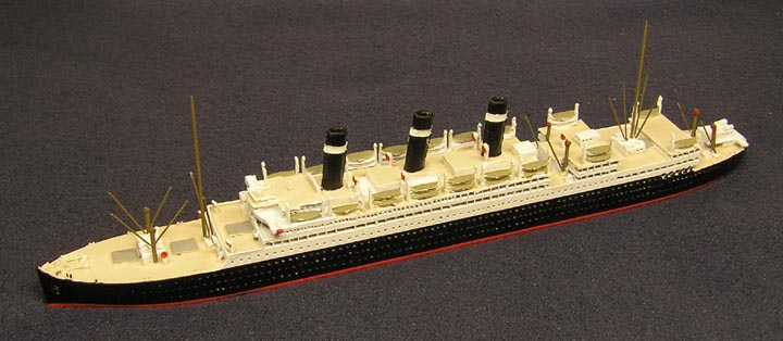 Star Line Cargo Ships Red