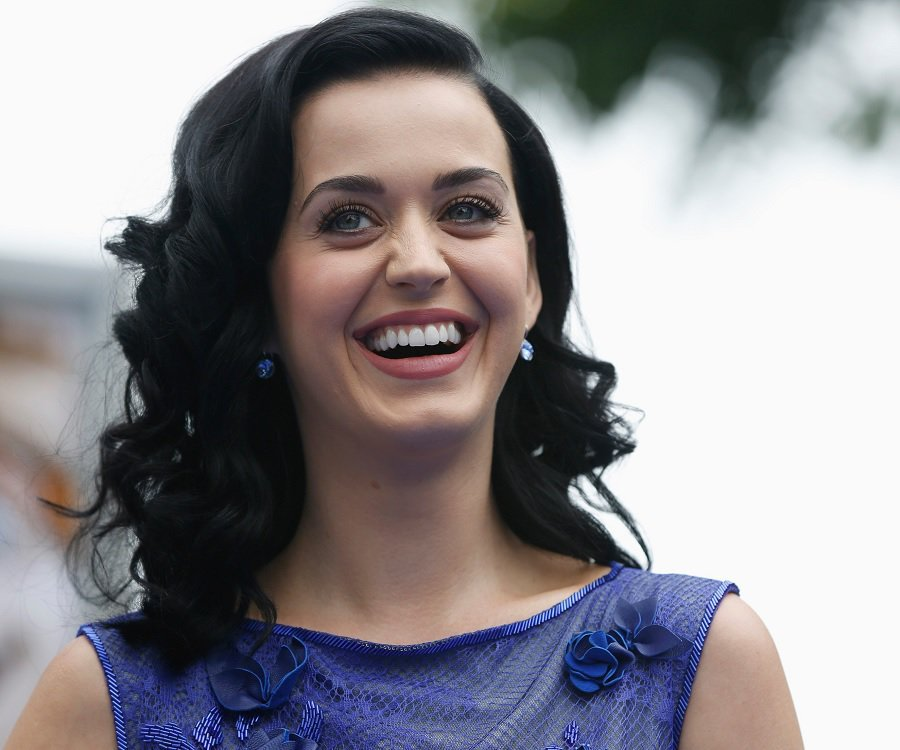 Katy Perry Biography | Details like her Affairs, Real Name [Shocking Story]