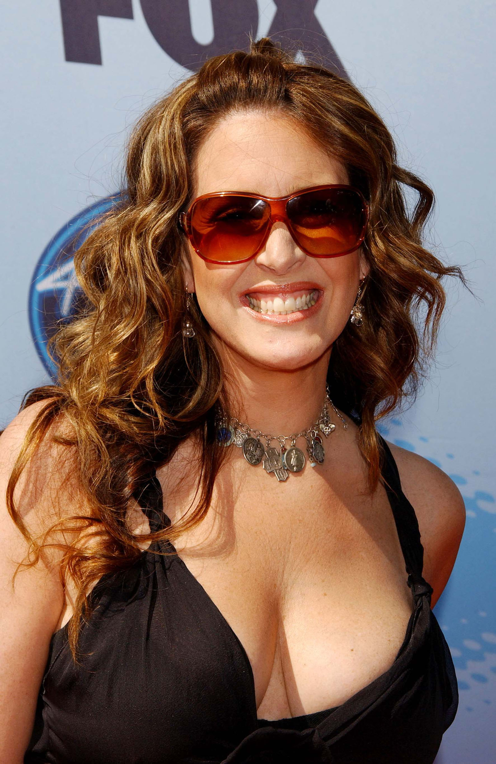 Joely Fisher Bra Size And Measurements Celebrity Bra