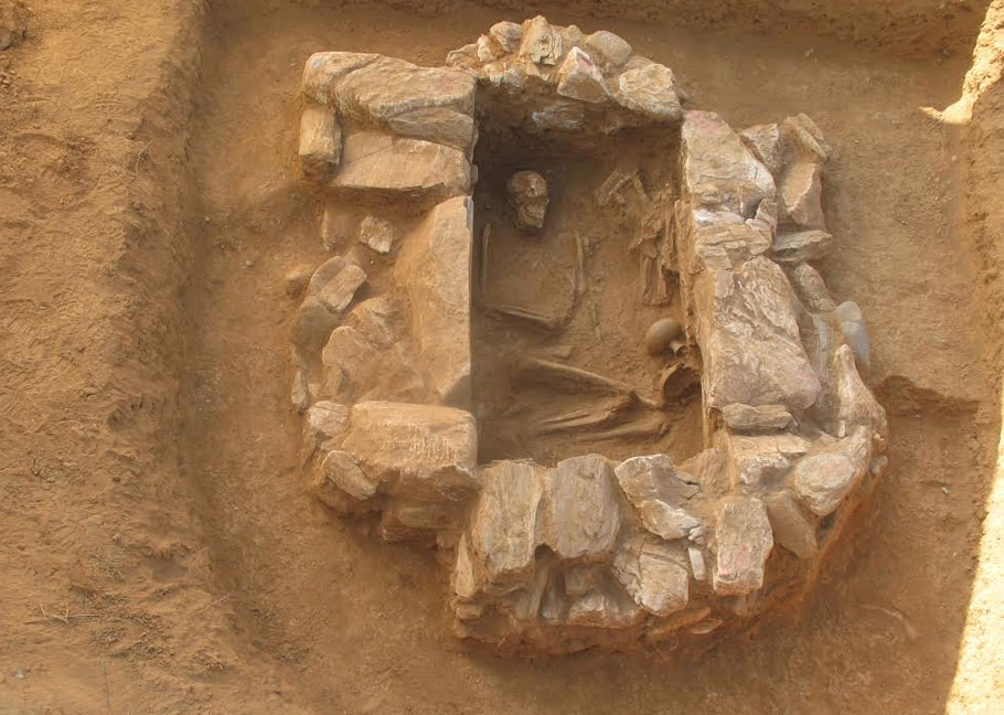 Tombs Of The Early Minoan Period