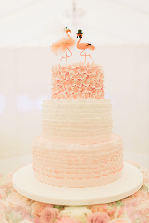 Best of 2015  The Most Glorious Wedding Cakes of the Year Unique Wedding Cakes   Best of 2015   Bridal Musings Wedding Blog 7