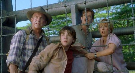 Sam Neill, Alessandro Nivola, William H. Macy, and Tea Leoni in Jurassic Park III