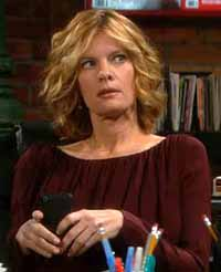 Phyllis in The Young and the Restless