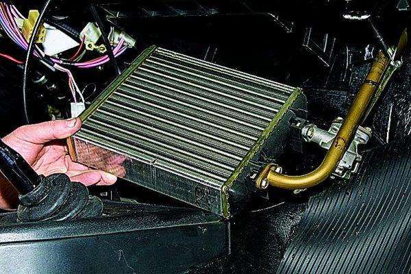 Radiátor tűzhely VAZ 2107