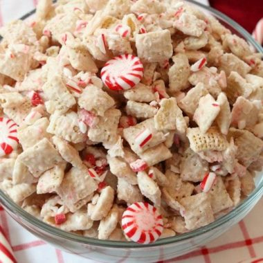 Peppermint Chex Mix made with only 3 ingredients in a few minutes! Simple recipe for festive, sweet peppermint treat that's perfect for holiday parties.