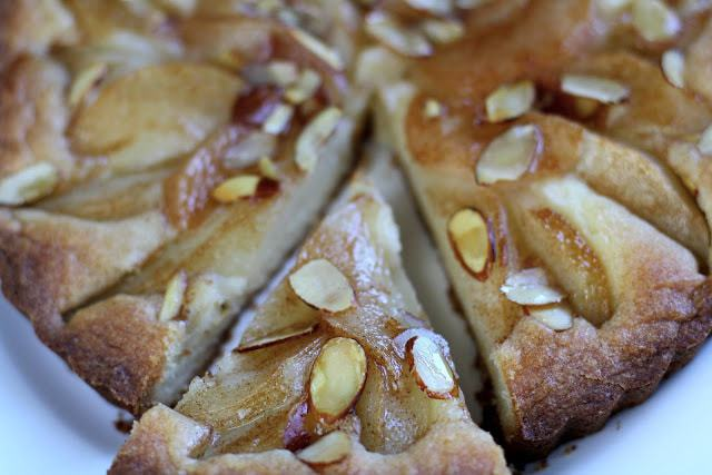 Easy Pear Tart: Butter with a Side of Bread