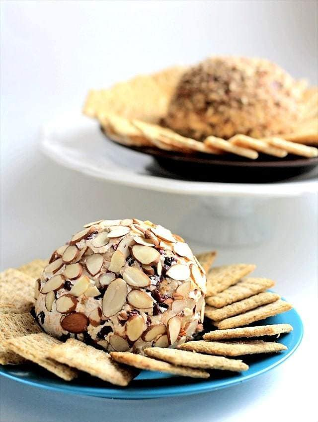 How to make a cheese ball, Butter with a side of bread