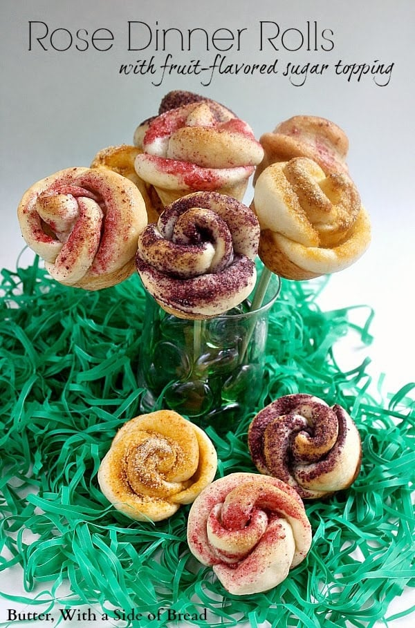 ROSE-SHAPED DINNER ROLLS + A RHODES ROLL PRIZE PACK GIVEAWAY!
