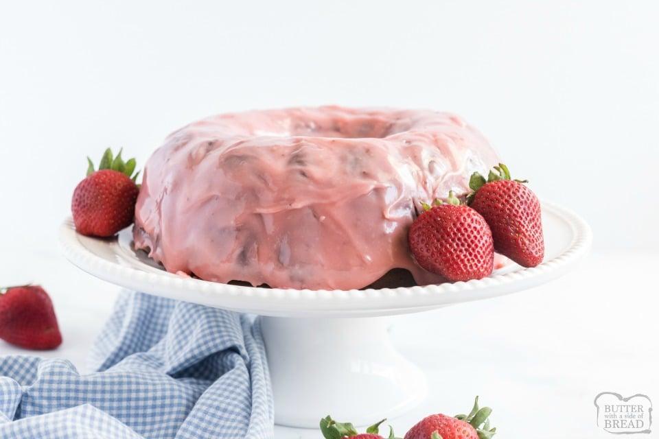 Glazed Strawberry Bundt Cake Recipe