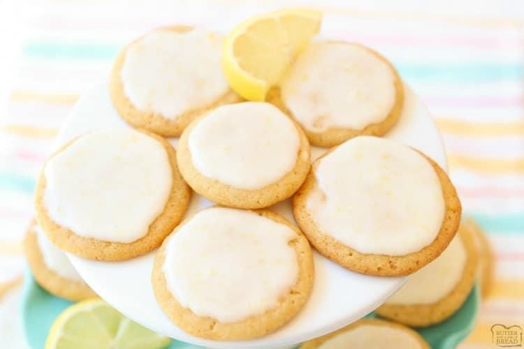 Iced lemon dessert cookies