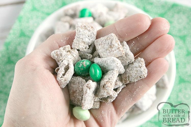 Handful of Mint Muddy Buddies