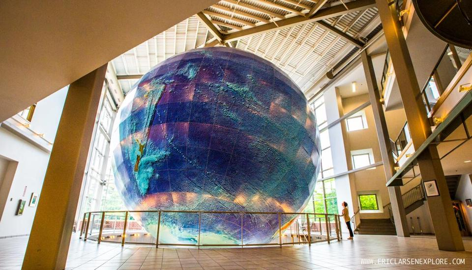 Take an offbeat roadtrip   The Boston Globe Eartha  the world s largest globe  at the DeLorme Map Store in Yarmouth   Maine
