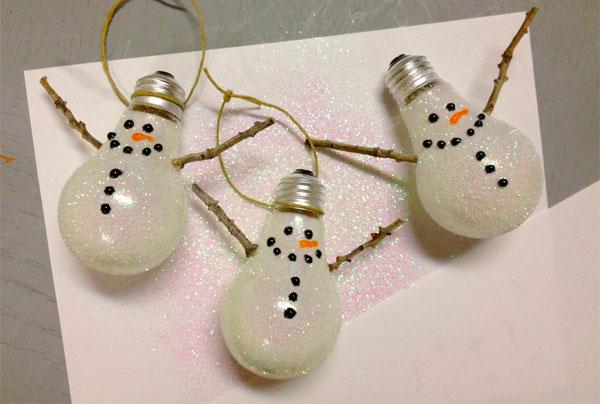 Replacing Christmas Light Bulbs