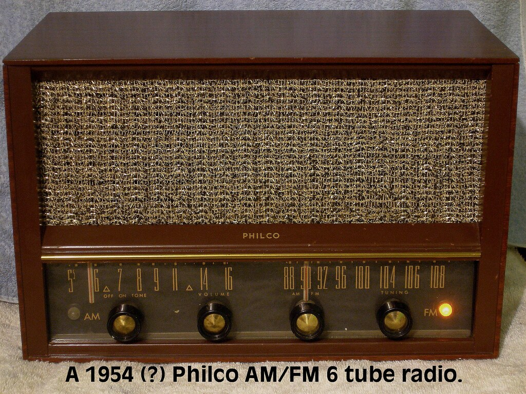 Philco Am Fm 6 Tube Radio I Don T Know The Model Number