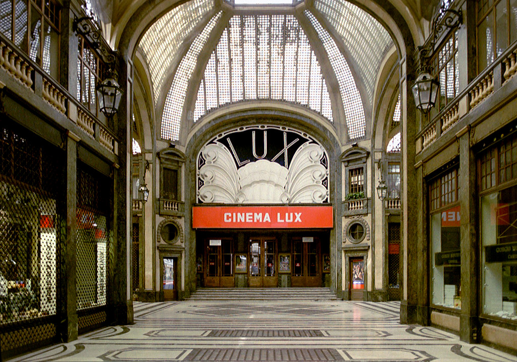 Cinema Lux Turin The Stunning Cinema Lux In Torino In