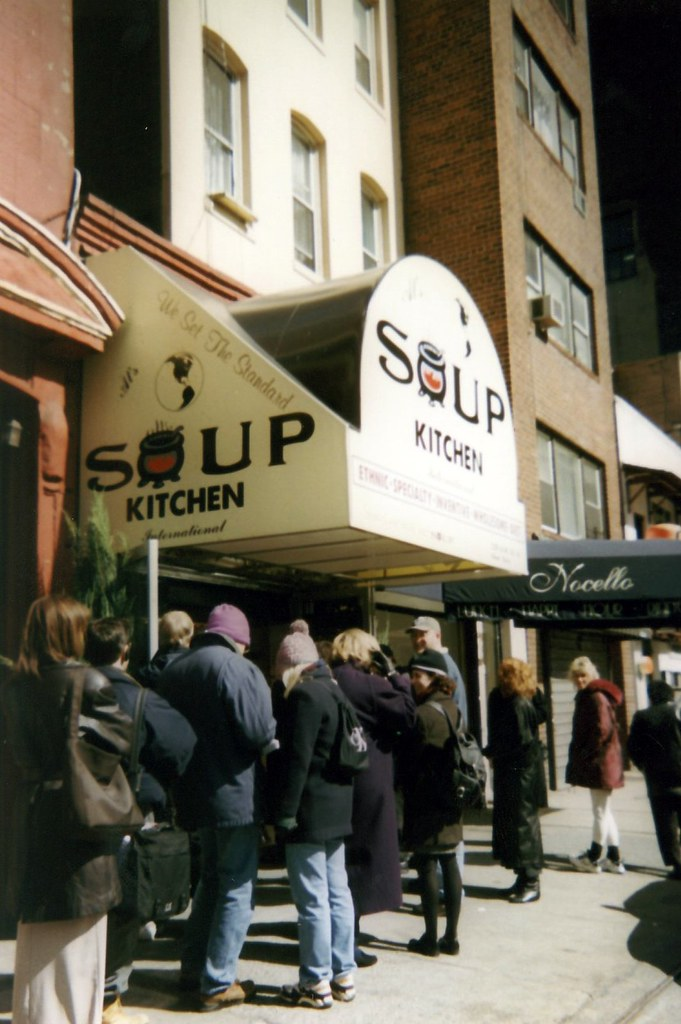 Nyc Soup Kitchen International Lining Up At 259 West