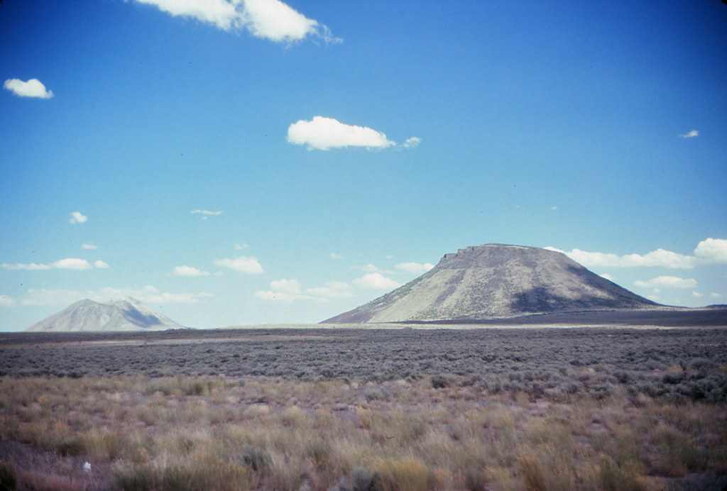 Twin Buttes Idaho A Couple Of Old Volcanic Cones Mike Fitzpatrick Flickr