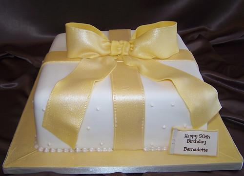 Happy Birthday Cake Latest