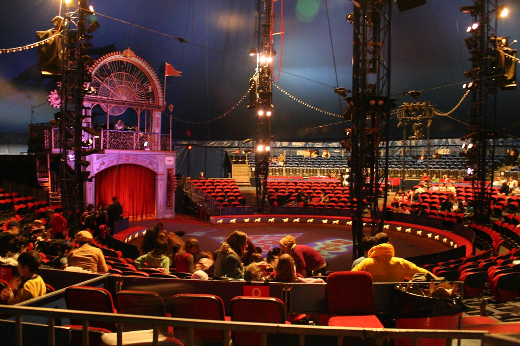 The Circus Stage View On Black Big Apple Circus Nyc
