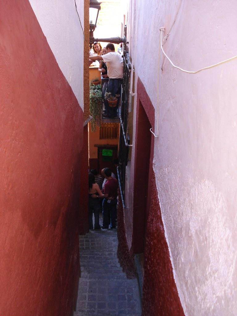 Callej 243 N Del Beso La Perspectiva Tradicional Es Desde El