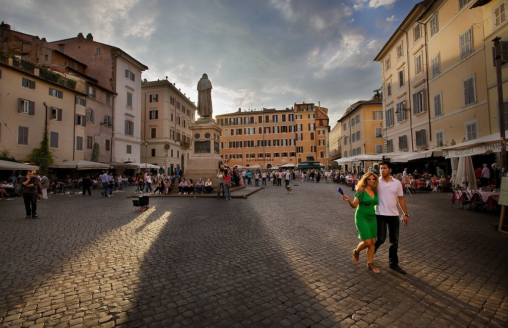 Evening At Campo Dei Fiori Rome What Better Way To Pass