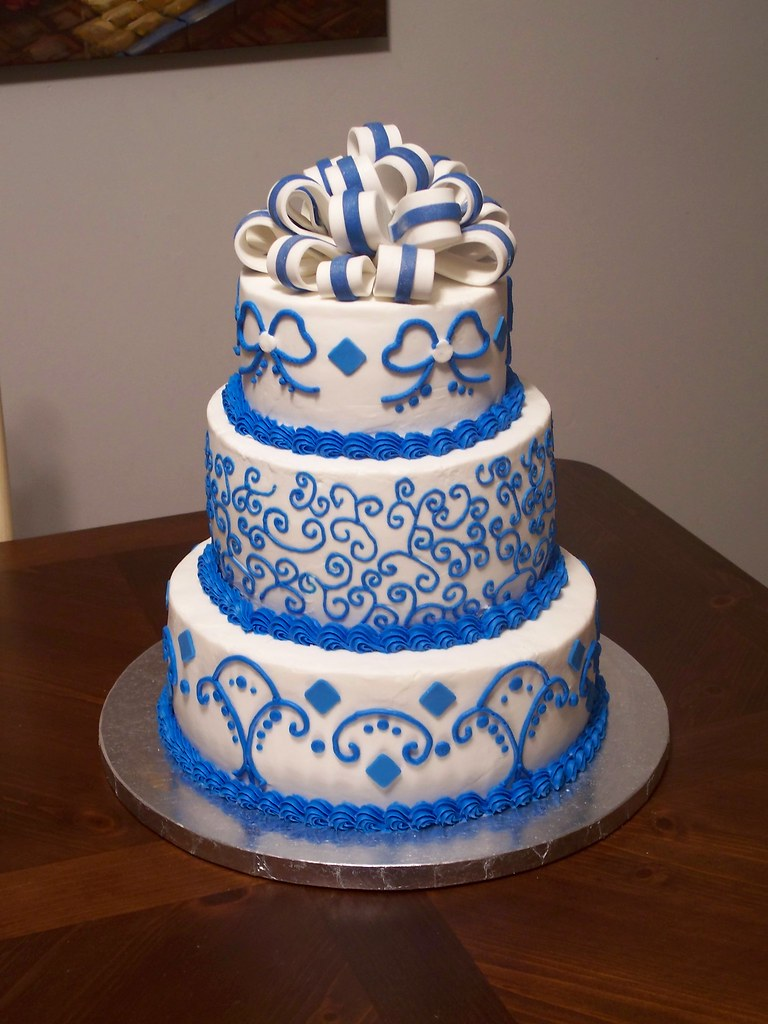 Royal Blue Wedding Cake   Jennifer   Flickr     Royal Blue Wedding Cake   by Cakes By Jen