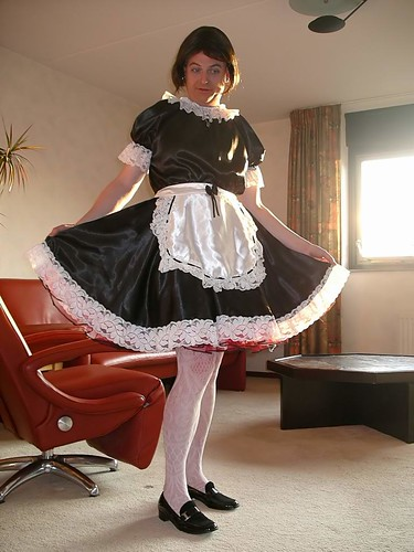 Satin Maid Maid Fabienne Wears A Pretty Black Satin