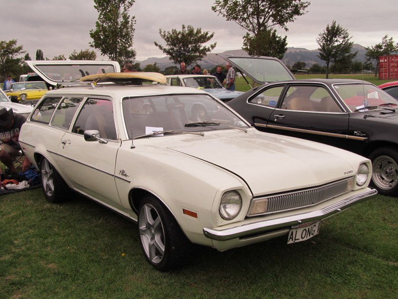1972 ford cars » 1972 Ford Pinto Wagon   The two Pintos you see in this shot       Flickr     1972 Ford Pinto Wagon   by NZ Car Freak
