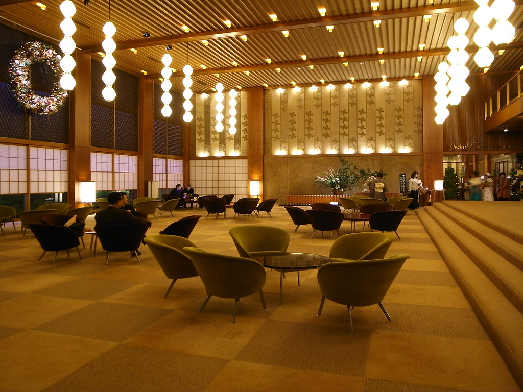 Hotel Okura Tokyo ロビーデザイン:谷口吉郎、椅子テーブルデザイン:長大作。 Quot 建築主の大倉