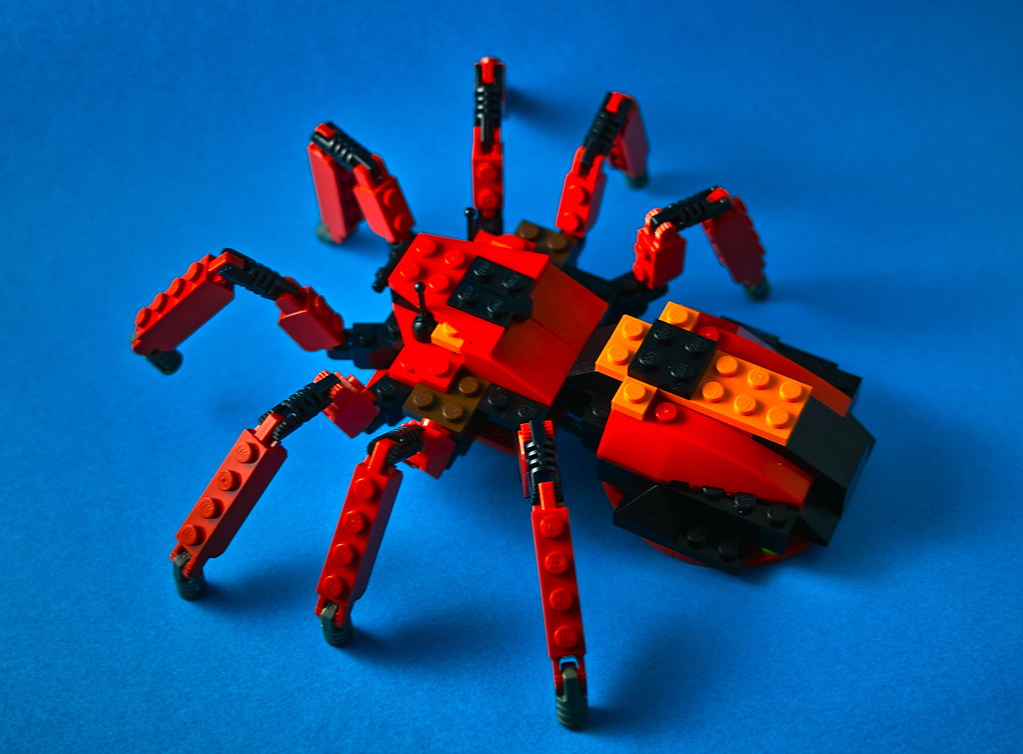 Lego Spider From Set 4101 Not A Small Spider Ha Flickr
