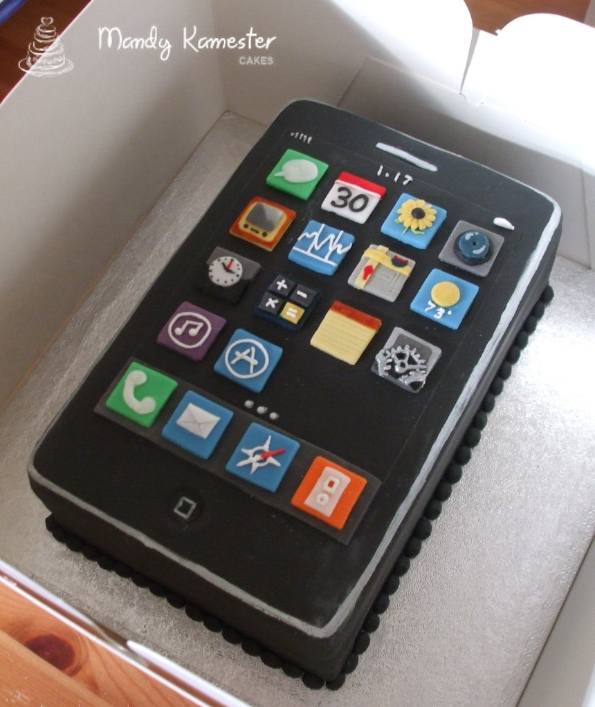 Iphone Cake Ooh I Had Fun With This One All Of The