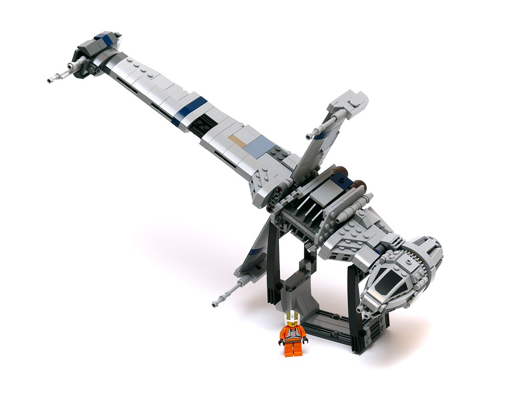 Lego B Wing   Building instructions  www repubrick com index      Flickr     Lego B Wing   by cella door